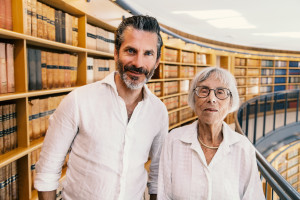 Jens Lapidus och f.d. justitieråd Galia Dorner. Jerusalem, Israel. Foto: Johan Palmgren.