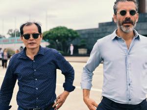 Statlig guide Quang Long Nguyen och Jens Lapidus. Hanoi, Vietnam. Foto: Johan Palmgren.